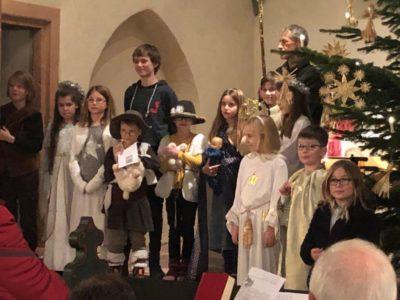 Alle Engel und Hirten und die heilige Familie