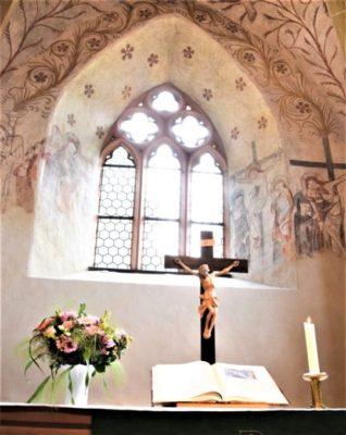 Altar der Kirche zu Ober-Beerbach
